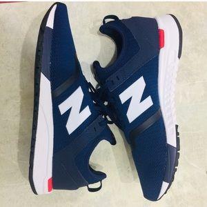 New balance 24/7 running shoe brand new
